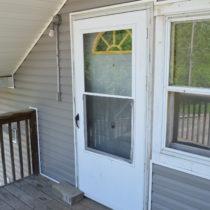 100 Robbins apt C porch